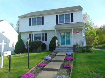 Waterbury Single Family Home For Sale: 45 Regency Hill