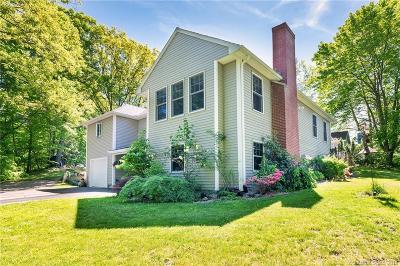 Middletown Single Family Home For Sale: 88 Villa Street