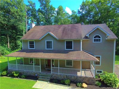 Shelton Single Family Home For Sale: 21 B Rolling Brook Lane