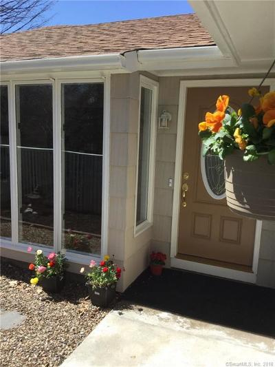 Wallingford Single Family Home For Sale: 56 North Ridgeland Road