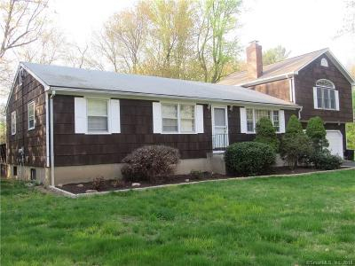 Shelton Single Family Home For Sale: 4 Suburban Drive