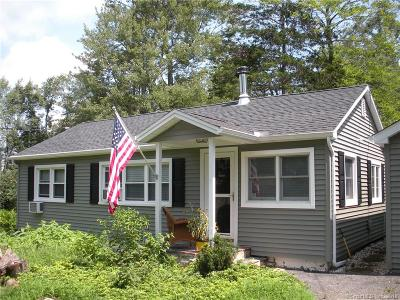 New Fairfield CT Single Family Home For Sale: $210,000
