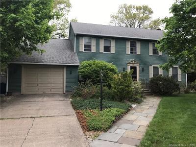 Southington Single Family Home For Sale: 163 Annelise Avenue