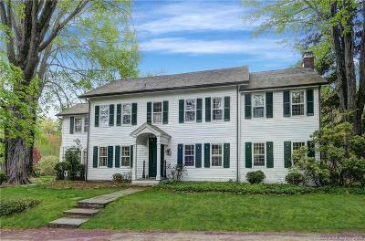 Ridgefield Single Family Home For Sale: 161 Spring Valley Road