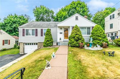 Wethersfield Single Family Home For Sale: 21 Crystal Street