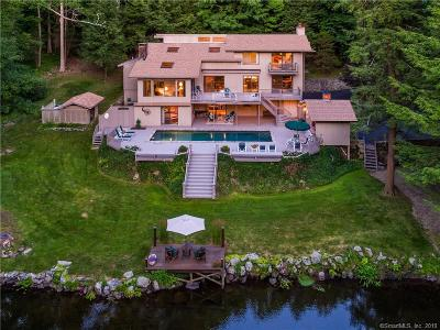 Weston Single Family Home For Sale: 16 Valley Forge Road