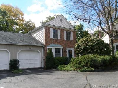 New Canaan Condo/Townhouse For Sale: 52 Lakeview Avenue #19