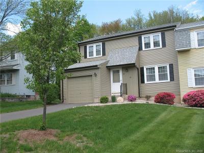 Newington Condo/Townhouse For Sale: 22 Pebble Drive