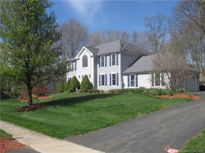 Wallingford Single Family Home For Sale: 14 Autumn Leaves Road