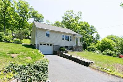 Middlebury Single Family Home For Sale: 62 Three Mile Hill Road
