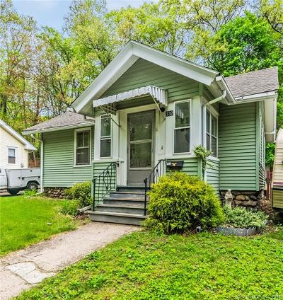 Bristol Single Family Home For Sale: 132 Putnam Street