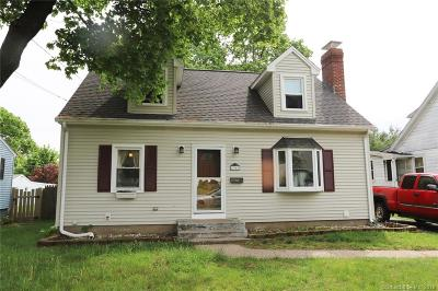 Bristol Single Family Home For Sale: 90 Mercier Avenue