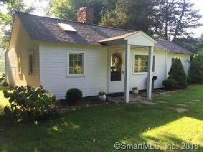 Redding Single Family Home For Sale: 65 Picketts Ridge Road