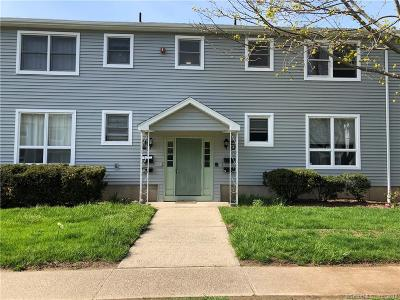 Milford CT Condo/Townhouse For Sale: $157,000