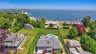 New London Single Family Home For Sale: 1090 Ocean Avenue