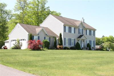 Naugatuck Single Family Home For Sale: 63 Silver Beech Drive