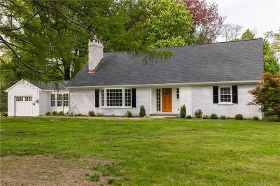 Ridgefield Single Family Home For Sale: 48 Manor Road