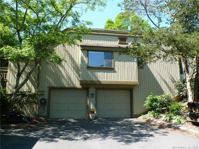 Southbury Condo/Townhouse For Sale: 657 Heritage Village #A