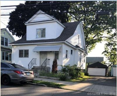 Bridgeport CT Single Family Home For Sale: $215,000