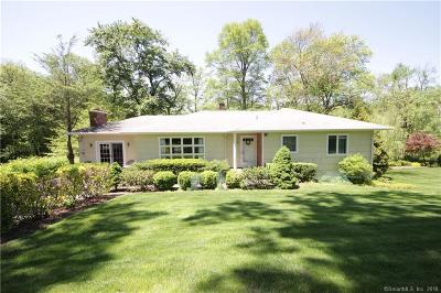 Norwalk CT Single Family Home For Sale: $580,000