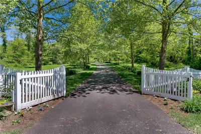 East Hampton Single Family Home For Sale: 19 High Point Drive