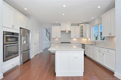Danbury CT Condo/Townhouse For Sale: $669,995