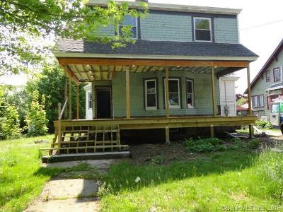 New London Single Family Home For Sale: 583 Ocean Avenue