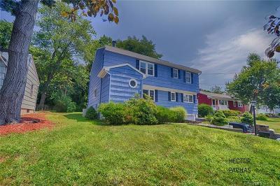 Norwalk CT Single Family Home For Sale: $459,900