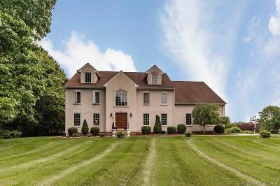 Hamden Single Family Home For Sale: 2 Breckenridge Court