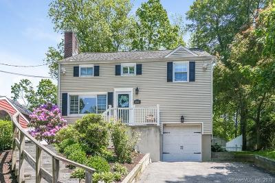 Darien Single Family Home For Sale: 263 Hoyt Street