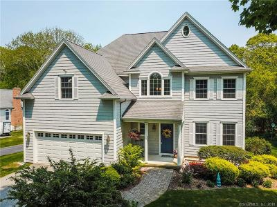 Waterford Single Family Home For Sale: 190 Great Neck Road