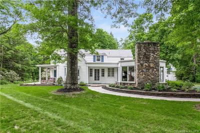 Simsbury Single Family Home Show: 222 Farms Village Road