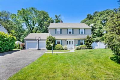Stamford Single Family Home For Sale: 124 Snow Crystal Lane