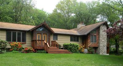 Orange Single Family Home For Sale: 347 Coachmans Lane