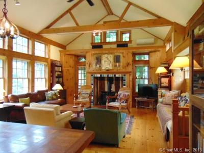 Portland Single Family Home For Sale: 222 Middle Haddam Road