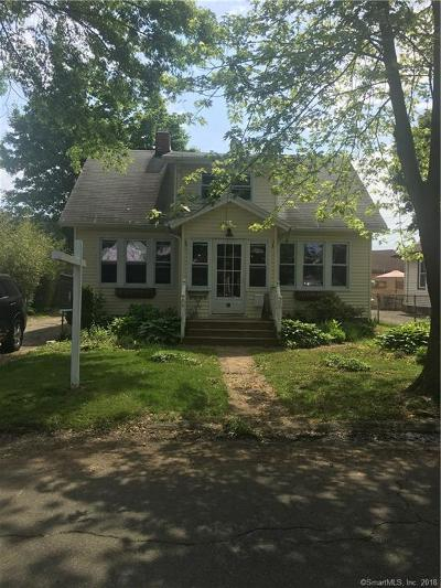 Milford Single Family Home For Sale: 27 Roswell Street