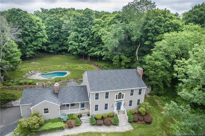 Ridgefield Single Family Home For Sale: 204 Spring Valley Road