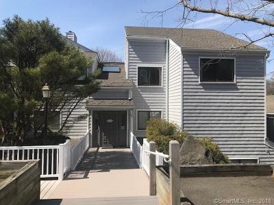 Norwalk Condo/Townhouse For Sale: 24 Rowayton Woods Drive #22