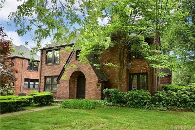 West Hartford Single Family Home For Sale: 114 Foxcroft Road