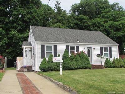 Milford CT Single Family Home For Sale: $289,000