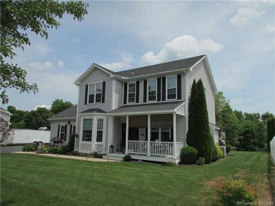 Meriden Single Family Home For Sale: 31 Meadow Brook Drive