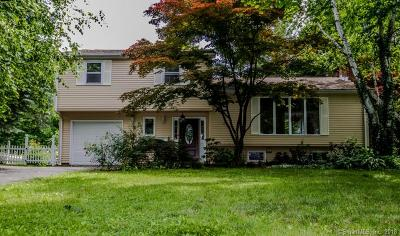 West Hartford Single Family Home For Sale: 60 Ridgebrook Drive