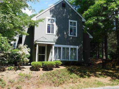 Simsbury Condo/Townhouse For Sale: 2 Partridge Court #2