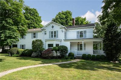 Darien Single Family Home For Sale: 44 Brookside Road
