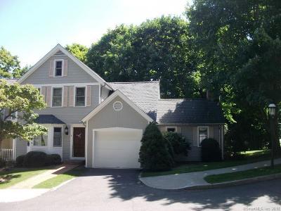 Ridgefield Condo/Townhouse For Sale: 36 Catoonah Street #1