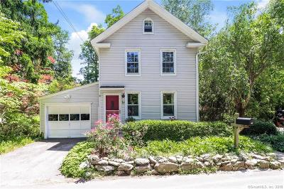 Fairfield County Single Family Home For Sale: 17 Pine Street