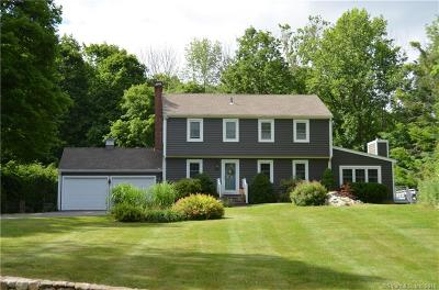 Southbury Single Family Home For Sale: 134 Bridle Path Road