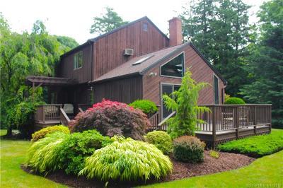 Norwalk CT Single Family Home For Sale: $629,900