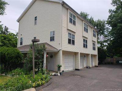 New Britain Condo/Townhouse For Sale: 17 McClintock Street #3
