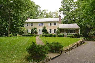 Stamford Single Family Home For Sale: 14 Hedge Brook Lane